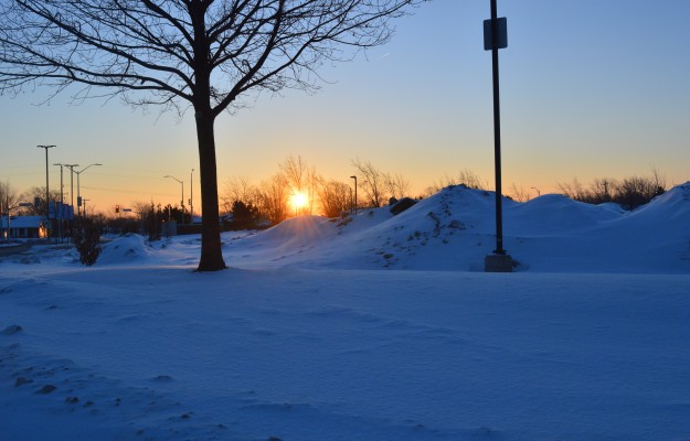 The sunrise was beautiful over First Avenue at Woodgate Drive today around 7:05 a.m. It was -16. (Photo by Joe Barkovich)