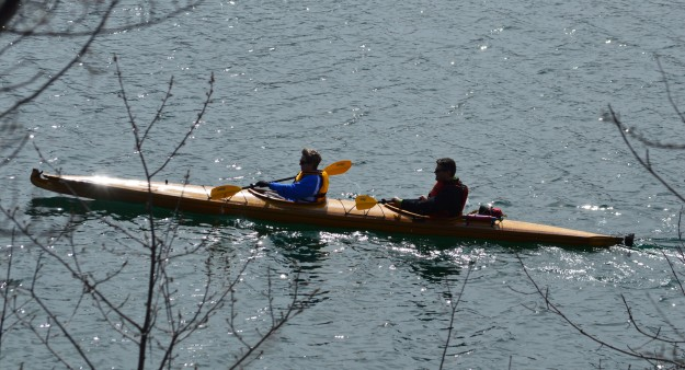 How's that tune go: Paddle, paddle, paddle your boat, up and down the stream....Doesn't have the same ring to it. Oh well, still looks like fun this morning on the Welland recreational waterway, section between Smith Street and Thorold Road. (Photo by Joe Barkovich)