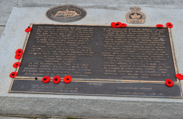 Poppies left behind to decorate the plaque of the Welland-Crowland War Memorial. (File photo/Joe Barkovich)